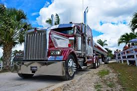 Truck Drivers Push Forward For COVID-19